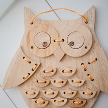 Load image into Gallery viewer, Wooden Lacing Owl