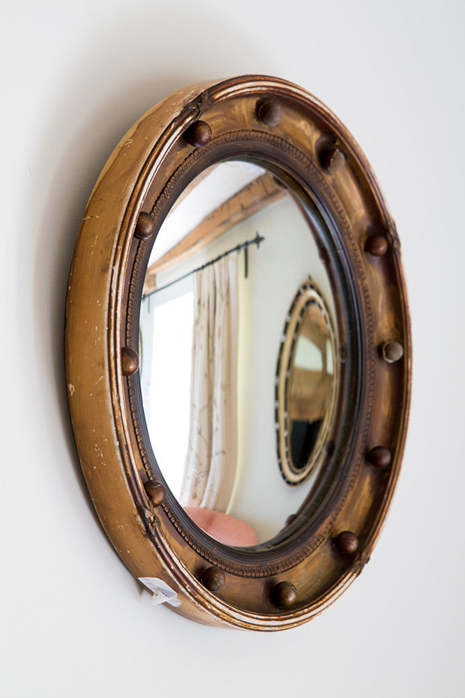 Offbeat Interiors - Porthole mirror