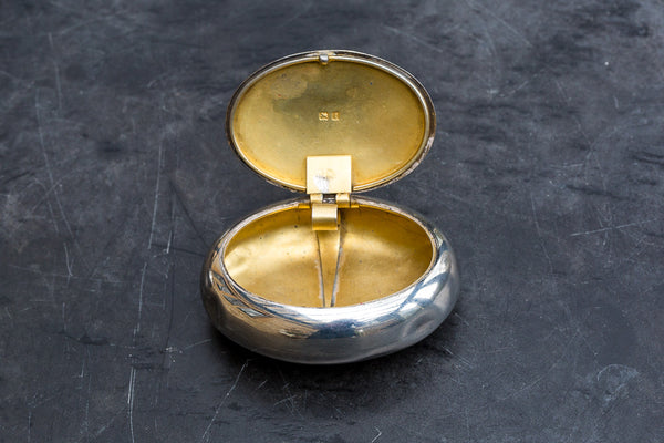 Offbeat Interiors - Edwardian Oval Silver Snuff Box