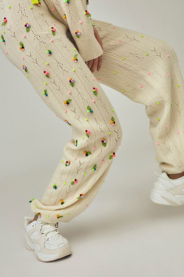 Rosebud Sweatpant in Ivory Lambswool