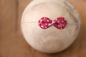 "True Vintage Bitty Bow in ""Crimson"""