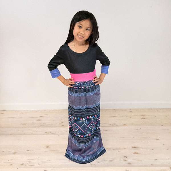 Girl's Quarter Sleeve Black Top & Pink Band Hmong Printed Maxi Dress