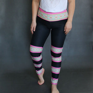 pink-hmong-stripe-yoga-leggings