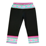 Low-Rise Capri Yoga Leggings with Hmong Snail Trim
