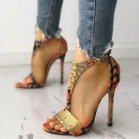 Sandalsdaily Peacock Feather Print T-Strap Thin Heeled Sandals