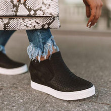 Load image into Gallery viewer, Sandalsdaily Daily Comfy Wedge Sneakers