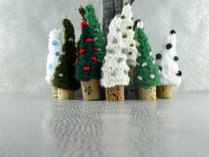 Small Knitted Christmas Tree