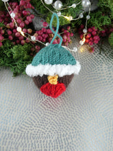 Load image into Gallery viewer, Knitted Robin Christmas tree decoration