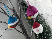 Load image into Gallery viewer, Cute knitted Christmas tree decoration