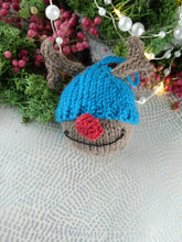 Load image into Gallery viewer, Knitted Reindeer Christmas tree decoration