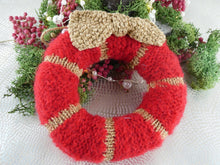Load image into Gallery viewer, Knitted Christmas Wreath