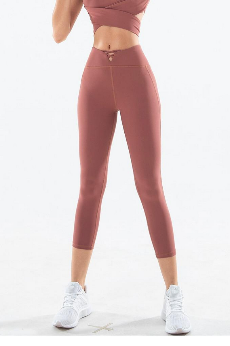 Delaney Capri Leggings