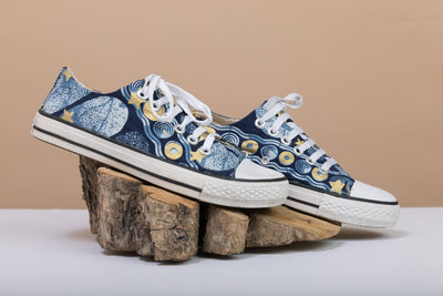 BY M.A.R.Y Shoes 37 Converse All Star Low Top - Blue and Golden Stars