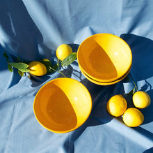Load image into Gallery viewer, MEDIUM bowl with yellow glaze - Pomelo casa