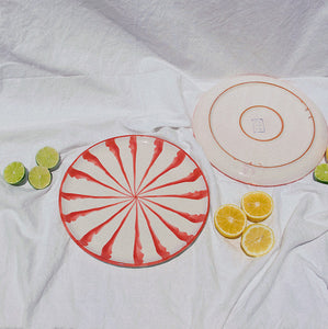 Dinner plate with candy cane stripes - Pomelo casa