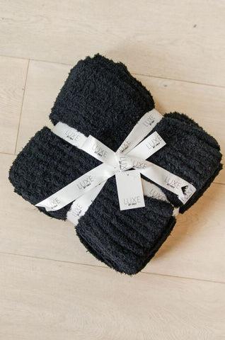 Luxe by PRIV Black Throw Blanket