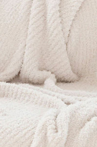 Luxe by PRIV Light Grey Throw Blanket