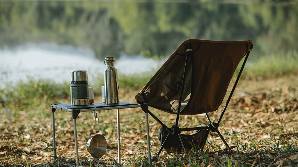 Camping-Chair-on-grass-with-table