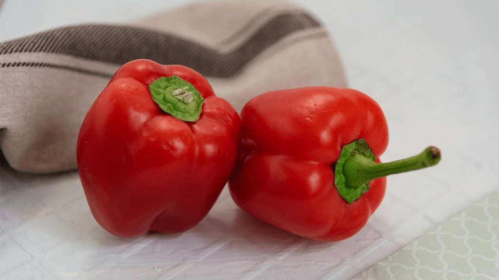 Red-Bell-Peppers-on-Counter