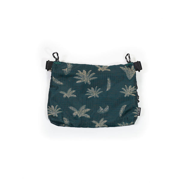 POLER STUFFABLE POUCH SMALL(BETWEEN TWO FERNS)