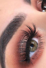 Load image into Gallery viewer, GB36 Luxury Mink Eyelashes