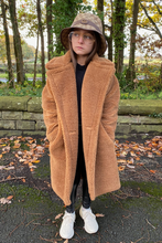 Load image into Gallery viewer, Mini LILY Camel Teddy Coat