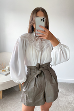 Load image into Gallery viewer, Madeleine White balloon Sleeve Blouse