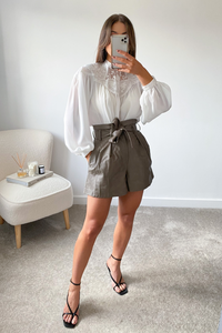 Madeleine White balloon Sleeve Blouse
