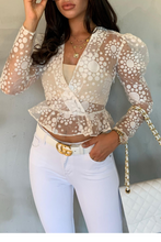 Load image into Gallery viewer, LUELLA White Pattern Sheer Puff Shoulder Top