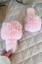 Load image into Gallery viewer, Mini MONICA Pink Faux Fur Sliders