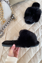 Load image into Gallery viewer, MONICA Black Faux Fur Sliders