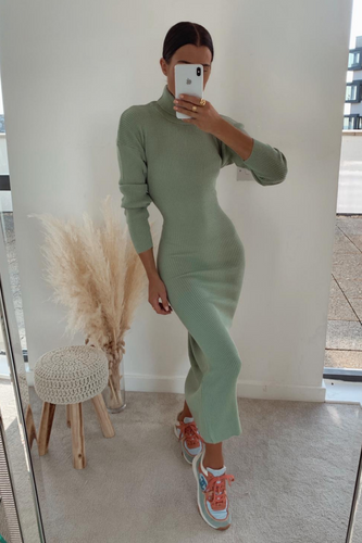SHONI Mint Turtle Neck Long Sleeve Ribbed Maxi Dress