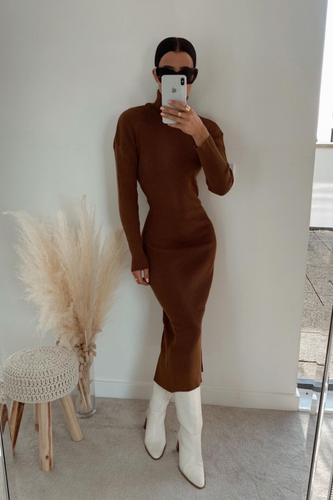 SHONI Rust Turtle Neck Long Sleeve Ribbed Maxi Dress