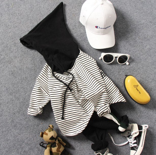 B&W Striped Sweaters - babyland.cloth