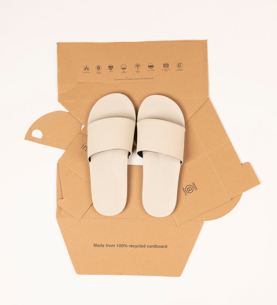 Where to order flip flops and slides in Singapore with plastic free packaging