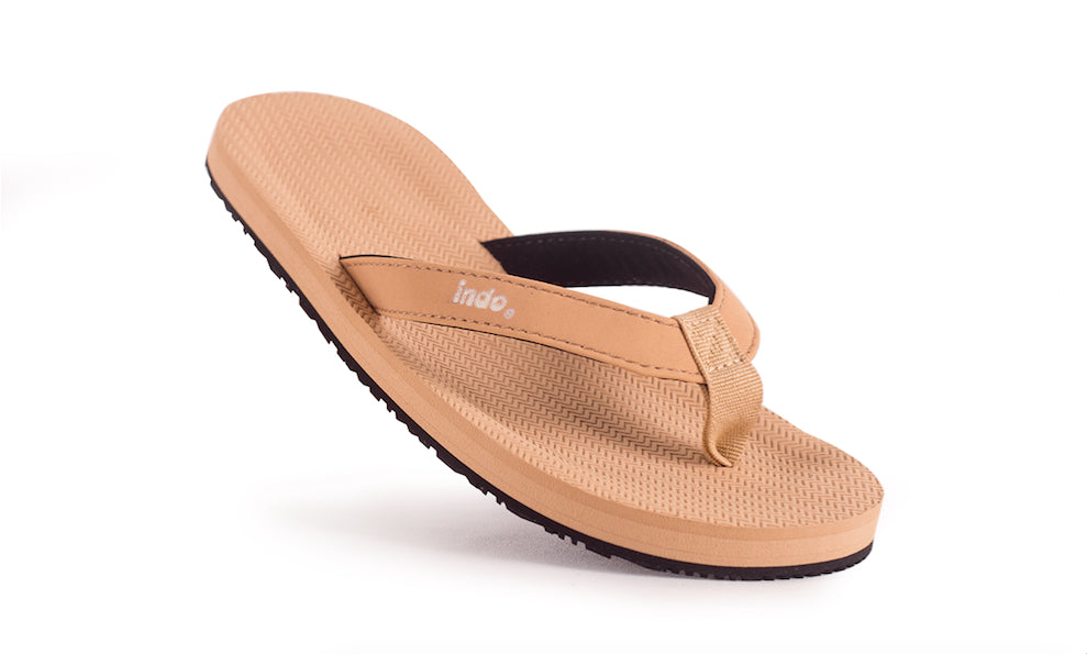 Grom's Flip Flops Soil Light - Lightweight, durable, waterproof, comfortable. Sustainably made vegan shoes using natural rubber and recycled tires
