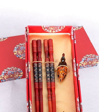 Load image into Gallery viewer, Duck Inspired Chopstick and Holder Luxury Gift Set (2 pairs)