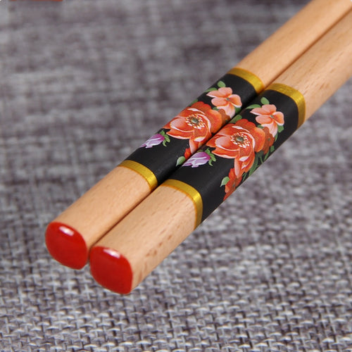 Japanese Style Red Flowers Natural Wood Chopsticks (1 pair)
