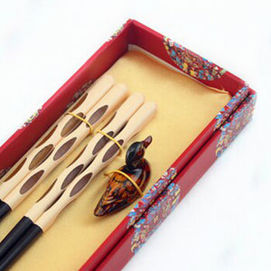 Unique Modern Duck Chopstick and Holder Luxury Gift Set (2 pairs)