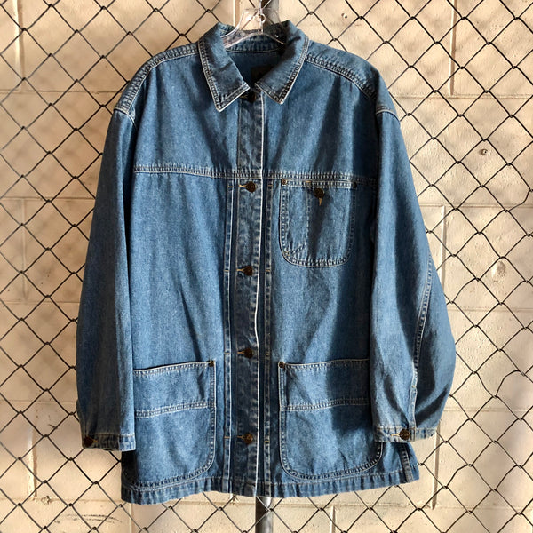Liz Wear Regular Wash Denim Button Up