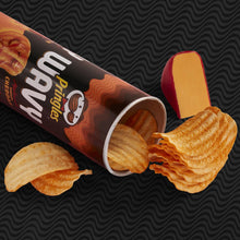 Load image into Gallery viewer, Applewood Smoked Cheddar Pringles Groovz