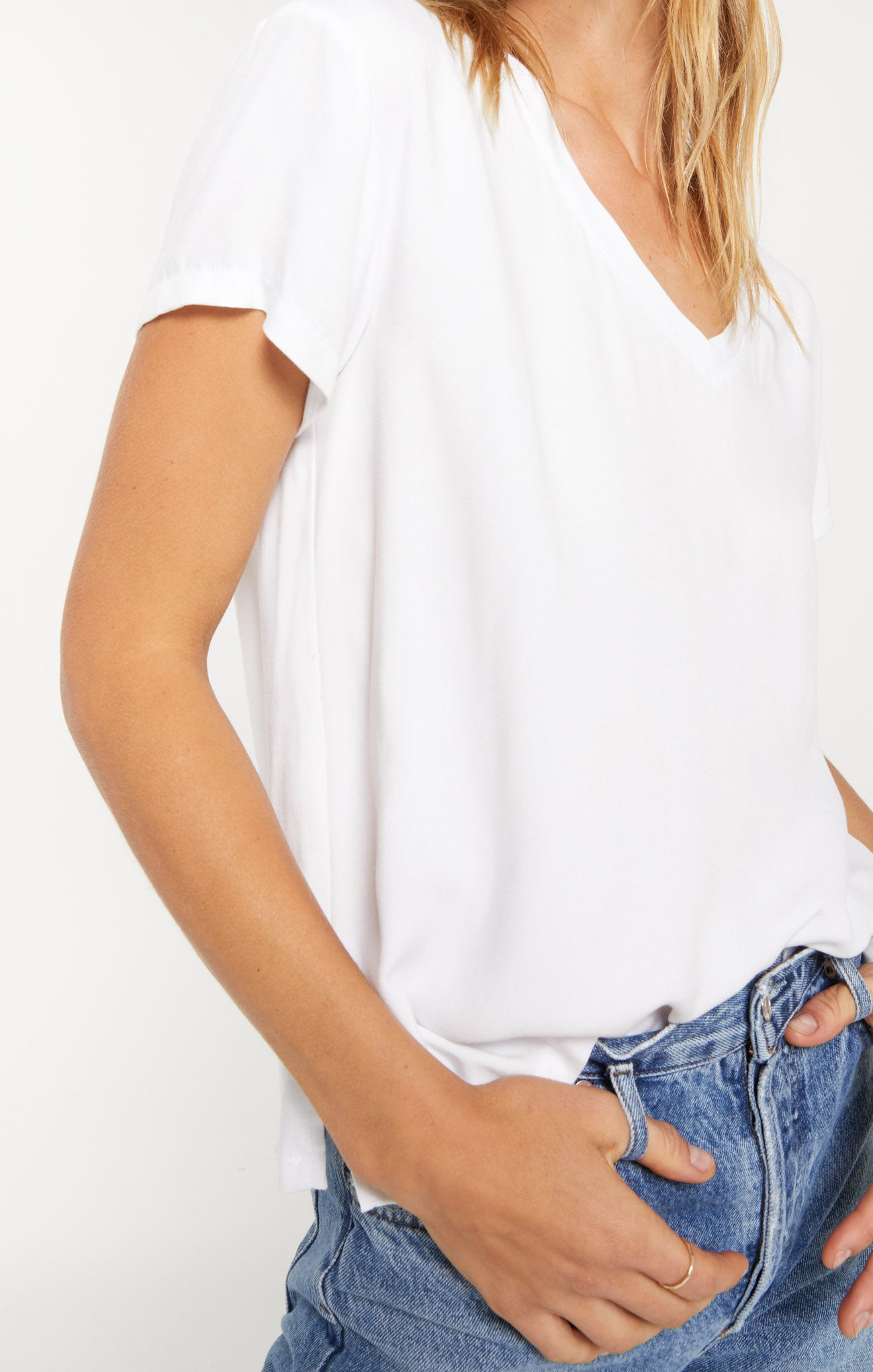 Tops Hagia V-Neck Tee by Rag Poets White