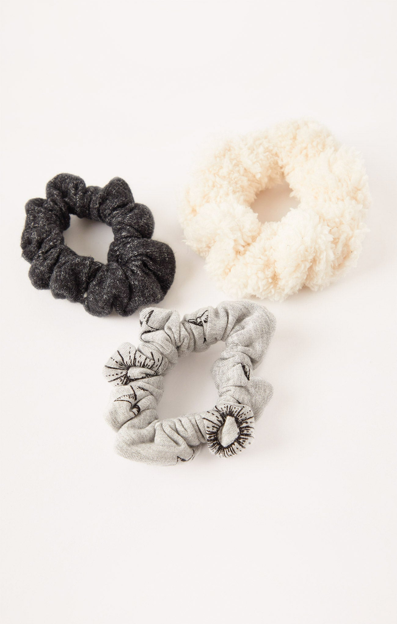 Accessories Cozy Star Scrunchies (3-Pack) Heather Grey