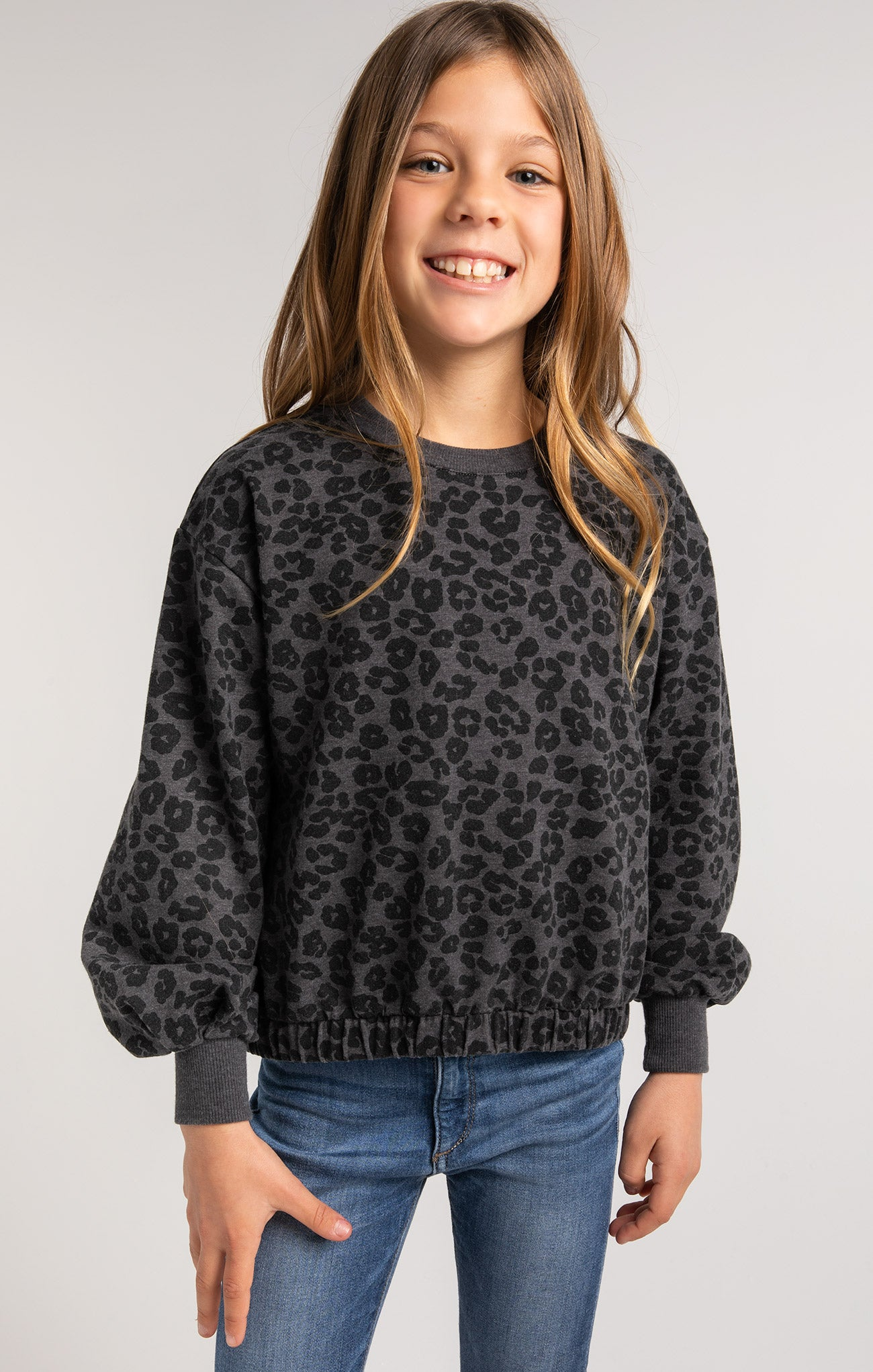 Tops Girls Carmen Leopard Sweatshirt Girls Carmen Leopard Sweatshirt