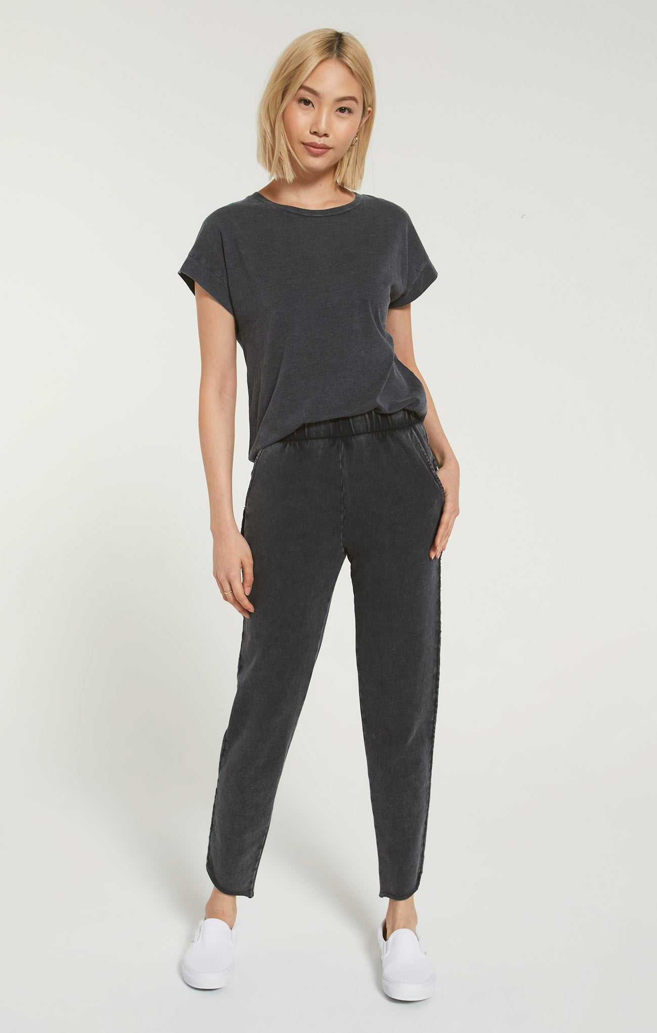 Pants Ellwood Pant Washed Black