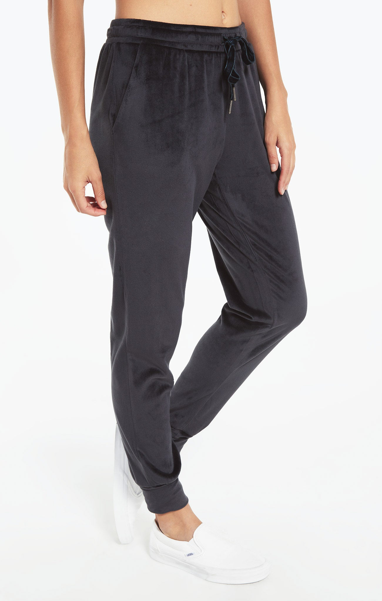 Pants Evalyn Velour Jogger Pant Onyx