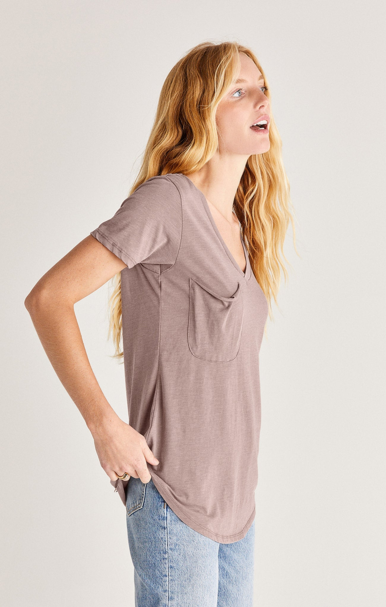 Tops The Pocket Tee Taupe Grey