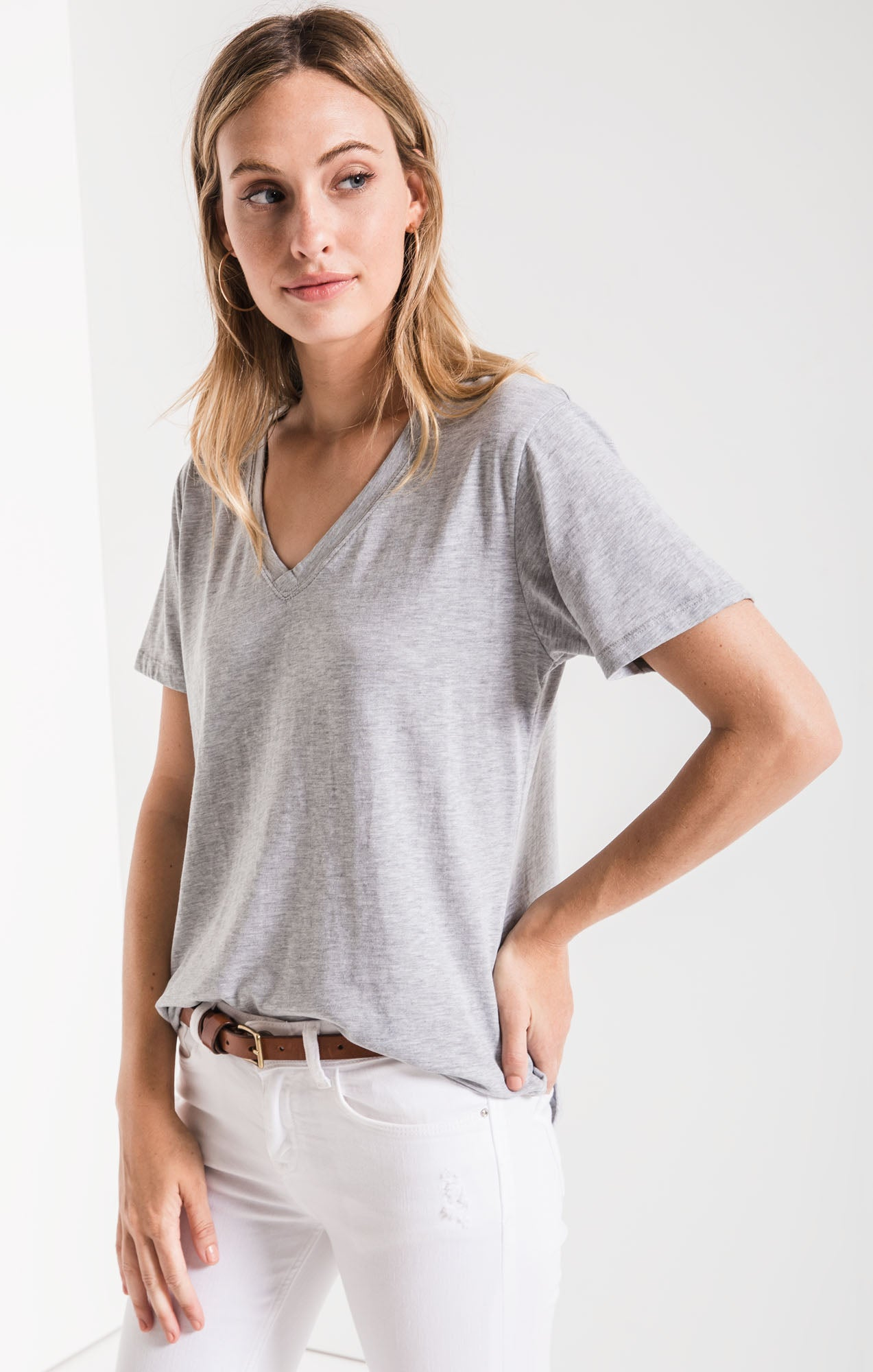 Tops The V-Neck Tee Heather Grey