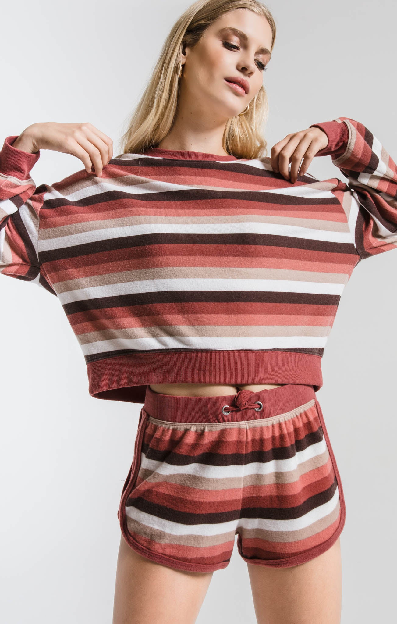 Tops The Rainbow Stripe Pullover Mesa Red