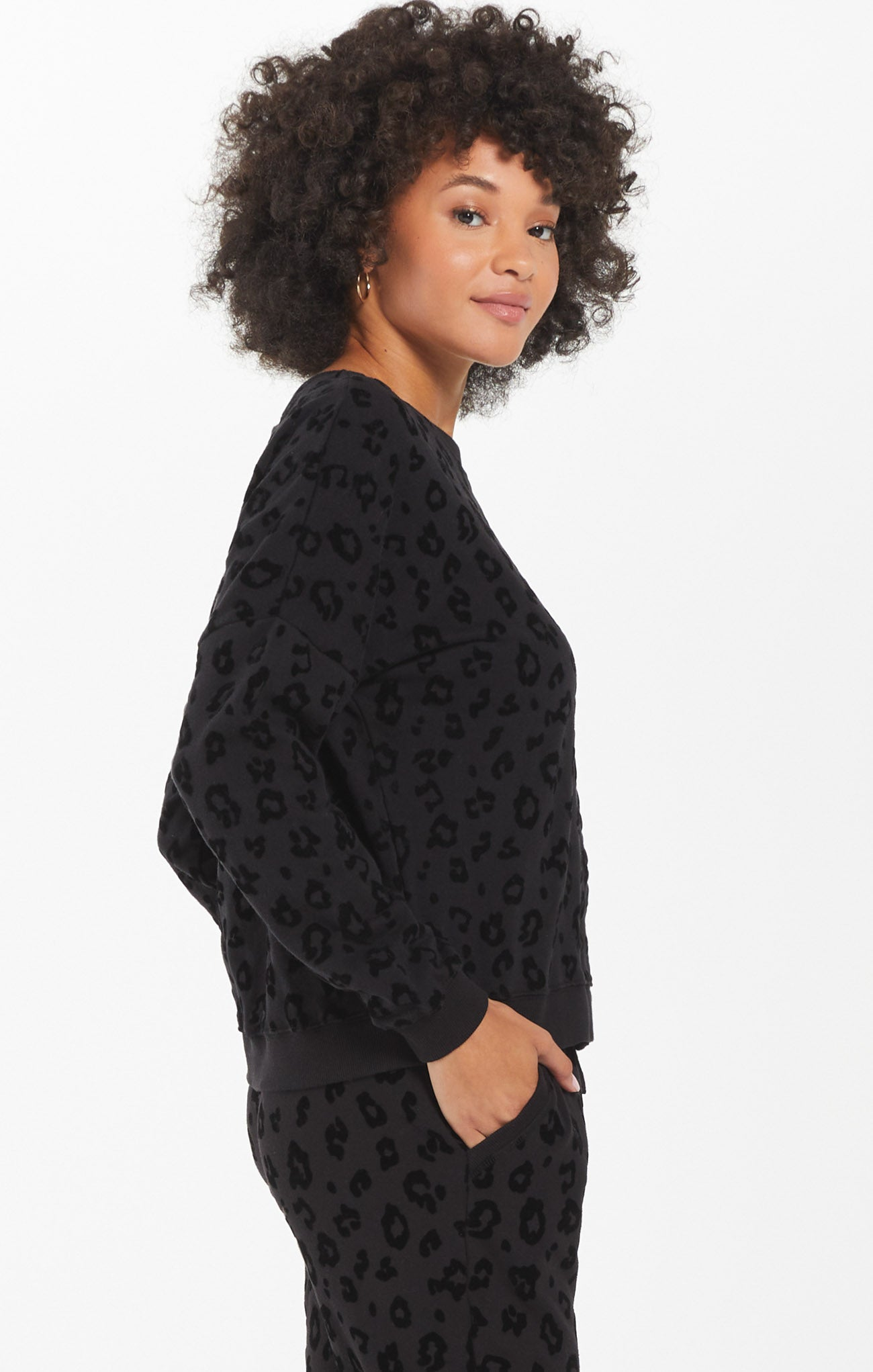 Tops Animal Flocked Pullover Black